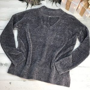Gray chenille keyhole sweater size L